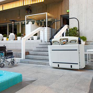 wheelchair stair platfoms lifts